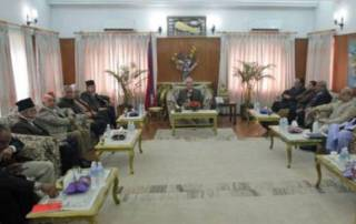 Nepal parties, Madhesis meet to end political crisis