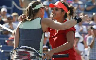 Sania Mirza, Martina Hingis start off 2016 with Brisbane title