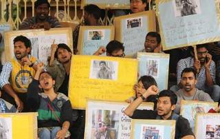 Dalit student's death: Protest escalates, Rahul Gandhi visits campus