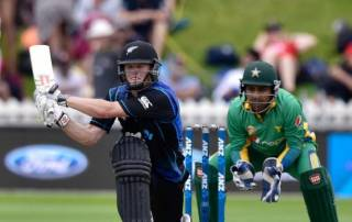 Nicholls saves face for New Zealand against Pakistan
