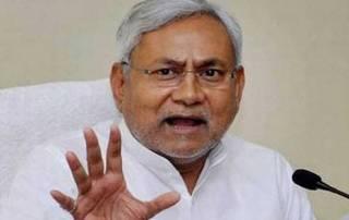 Man hurls shoe at Bihar CM Nitish Kumar, arrested
