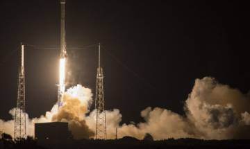 SpaceX successfully lands Falcon 9 rocket after launch