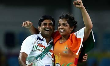 Rio Olympics 2016: Sakshi Malik wins 'historic' bronze medal for India in wrestling