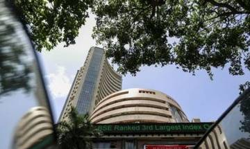 Sensex dips over 91 pts on fading rate cut hopes