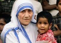मदर टेरेसा को पेट भरने के लिए लेनी पड़ी थी मदद, जानें Interesting Facts