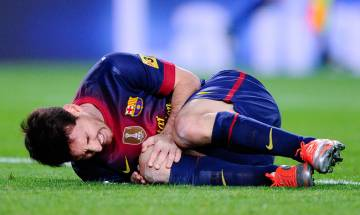 Barcelona lose Lionel Messi due to groin injury during the game against Atletico Madrid