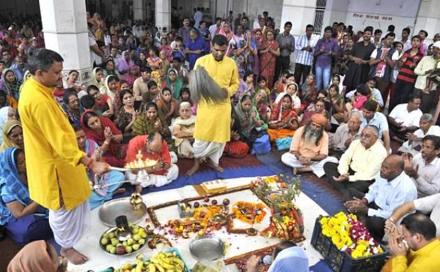 Govardhan Puja 2016: Know annakut puja vidhi, subh muhurat and auspicious timings (Image: Getty)