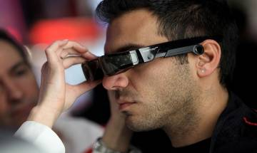 No need of special eyewear for watching 3D videos on smartphones