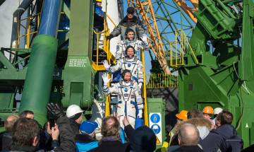 Russian spacecraft Soyuz delivers three astronauts to International space station