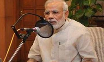 Watch   Mann ki Baat: Pledge to help 10 families to be included in cashless society, PM tells youth