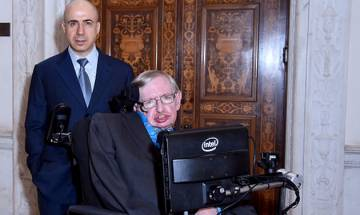 Human race is facing most dangerous time in its history, warns famous physicist Stephen Hawking