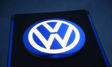 US charges Volkswagen executive with fraud in diesel scandal