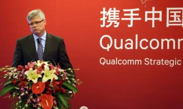 Qualcomm to ship chips for iPhone despite Apple's legal assault
