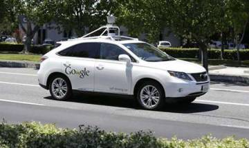 Driverless cars need new regulations to ensure safety and reliability, say experts