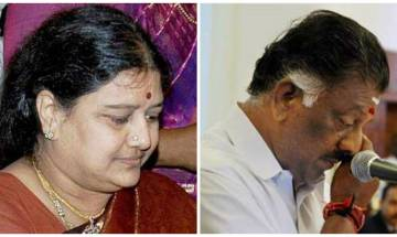 Party remains united, will not be cowed down by Panneerselvam's revolt: Sasikala