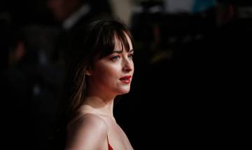 Dakota Johnson makes pact with parents to not watch 'Fifty Shades Darker'
