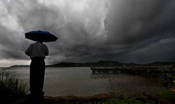 World Meteorological Organisation warns of more extreme and unusual weather conditions in 2017