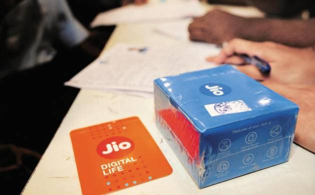 Reliance Jio plans to double network in coming months, to add 1 lakh mobile sites (File Photo)