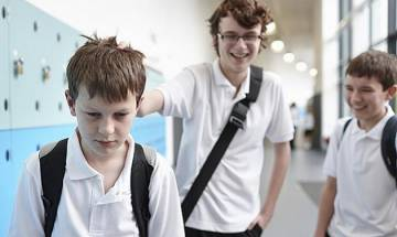 Bullying might lead to desire for 'cosmetic surgery', says study