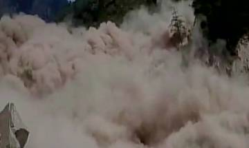Landslide affects 'Chardham Yatra' on Badrinath route in U'khand; 15,000 tourists stranded