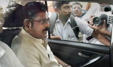 Tamil Nadu: AIADMK-Amma MLA's meet TTV Dhinakaran, TN minister says 'no threat' to govt