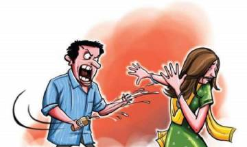 Man demands more dowry from wife, pours acid on her causing grievous injuries