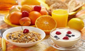 Having a healthy and king like breakfast daily may help you get a hot and attractive body: study