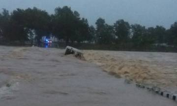 Ambulance with 4 people washed away by floodwaters in Jharkhand