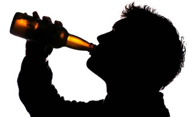 Heavy drinking may be more hazardous to men as compared to women, says study