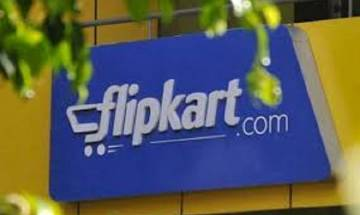 E commerce giants enter festive season sale; Flipkart to offer EMI on debit card
