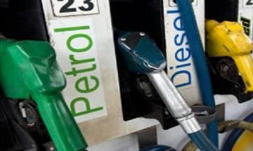 Maharashtra: Devendra Fadnavis accepts Centre's suggestion of reducing VAT on petrol, diesel
