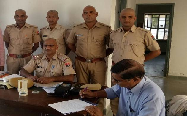 Rajasthan Policemen boycott mess food, shave head to protest pay cut