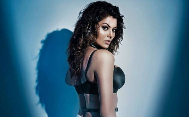 Check out Urvashi Rautela's first look from Hate Story 4