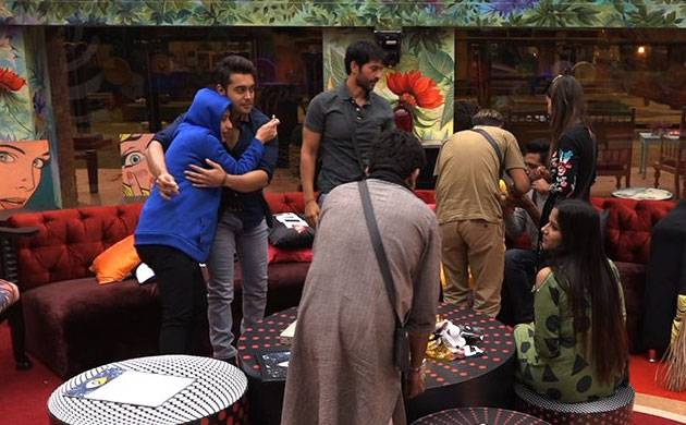 Bigg Boss 11, Episode 17, Day 16 LIVE updates: BB house turns into battle ground