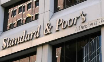 Standard&Poor's keeps India's sovereign rating unchanged, Govt says action 'unfair'