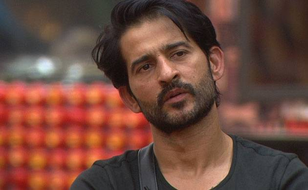 Bigg Boss 11, Episode 55, Day 54, Live Updates: Housemates win luxury budget but drama over captaincy continues