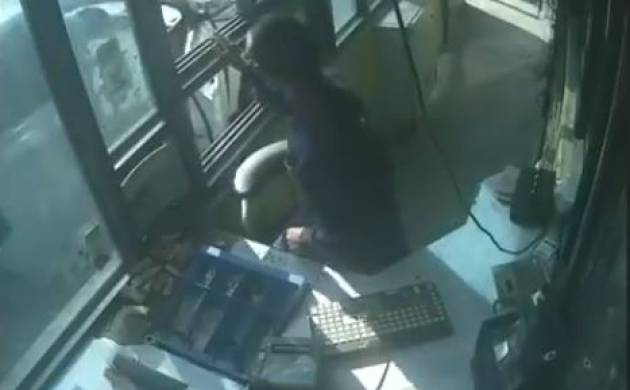 Video: Woman toll collector assaulted at toll plaza in Gurgaon