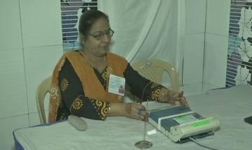 Reports of EVM tampering in Surat, Porbandar, EC replaces faulty machines, orders probe
