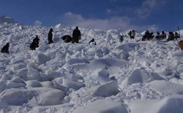 J-K: Bodies of 3 soldiers missing after snowfall recovered (representational image)