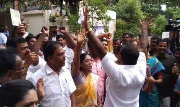 RK Nagar by-poll result : With 'Jayalalitha's blessings' independent candidate TTV Dhinakaran books massive victory by 40,707 votes