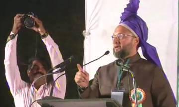 Mitron 15 hazar hi dedo, Owaisi mocks PM Modi over Triple Talaq issue
