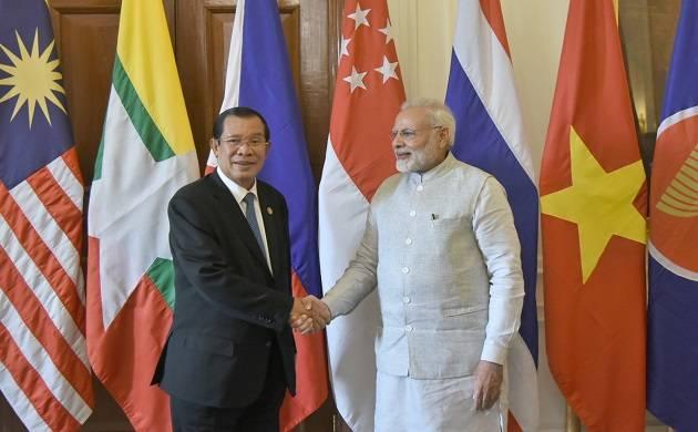 The Prime Minister, Shri Narendra Modi with the Prime Minister of the Kingdom of Cambodia, Mr. Hun Sen, at Rashtrapati Bhavan, in New Delhi on January 25, 2018.