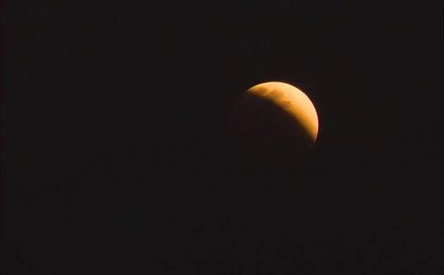 Blue moon as seen in Kolkata (Source: ANI)
