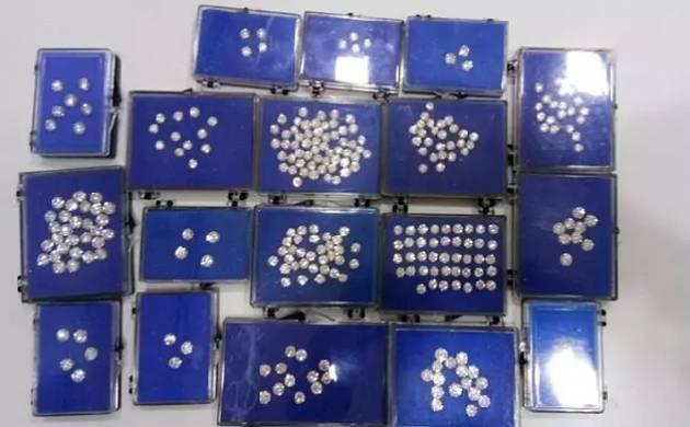 PNB fraud case: ED, CBI  recover jewelry worth Rs 5100 crore from Nirav Modi, Gitanjali's premises (Source: ANI)