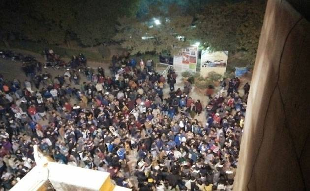 JNU professors held hostage by students over attendance row (Source: PTI)