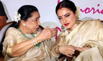 Rekha honours Asha Bhosle with Yash Chopra Memorial Award