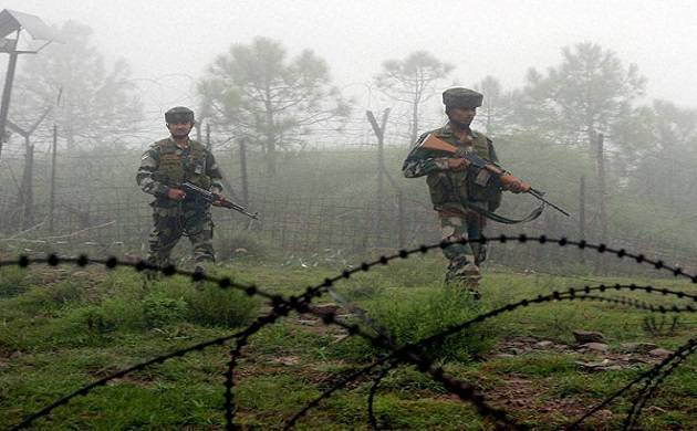 Indian Army thwarts attack by Pakistan's BAT; one intruder killed, Pakisatni flag recovered (File Photo)