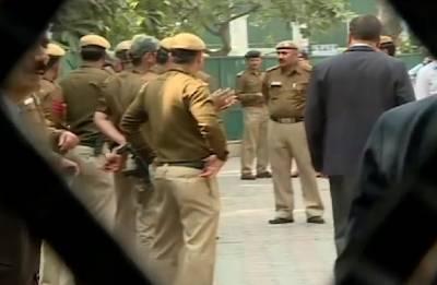 Delhi chief secretary assault case: AAP leaders slam Delhi Police; say 'search was to humiliate Arvind Kejriwal'