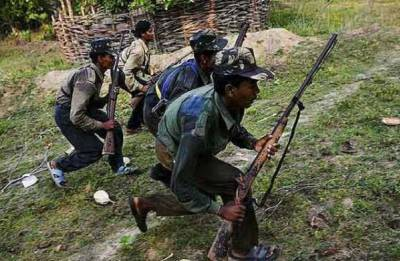 Security forces gun down four Naxals including in encounter in Jharkhand's Palamu district