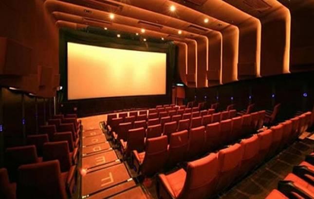 Theatres down shutters in AP, Telangana over film print fee(Source - file pic)